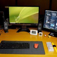大型マウスパッドで机の上がどう変わるか?ELECOMの「デカ過ぎるマウスパッド」を使ってみた