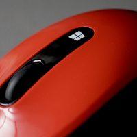 マイクロソフト スカルプト モバイル マウスで気分一新!デスクトップとタスクバーからアイコンを一掃